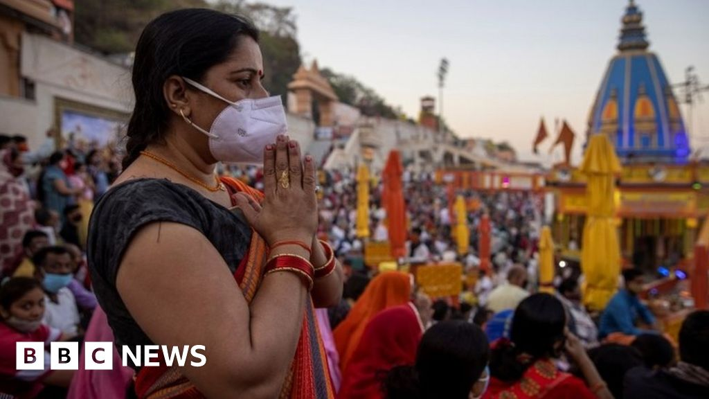 Haridwar: Crowds surging at India's Kumbh Mela amid deadly Covid wave