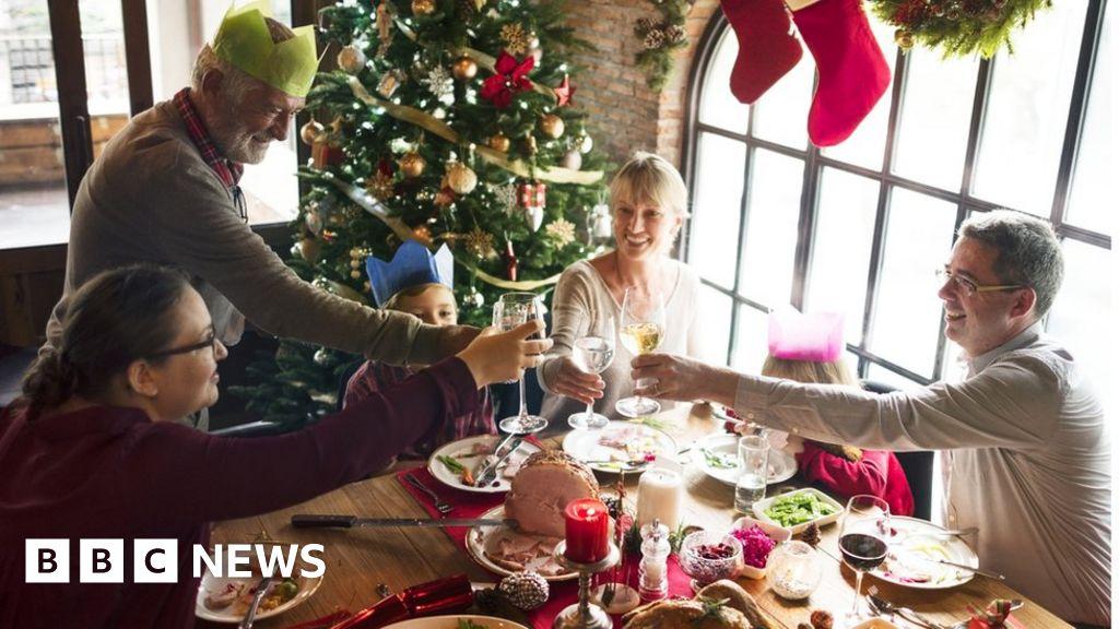 Covid-19: Christmas guidance 'should be same across UK'