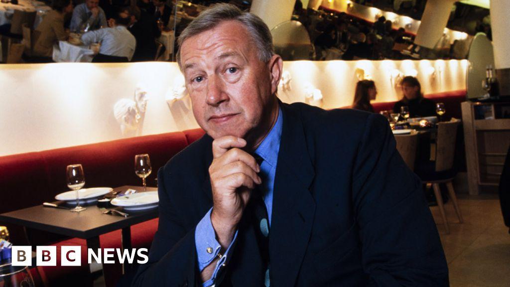 Sir Terence Conran: 'Visionary' designer dies at 88 - BBC News