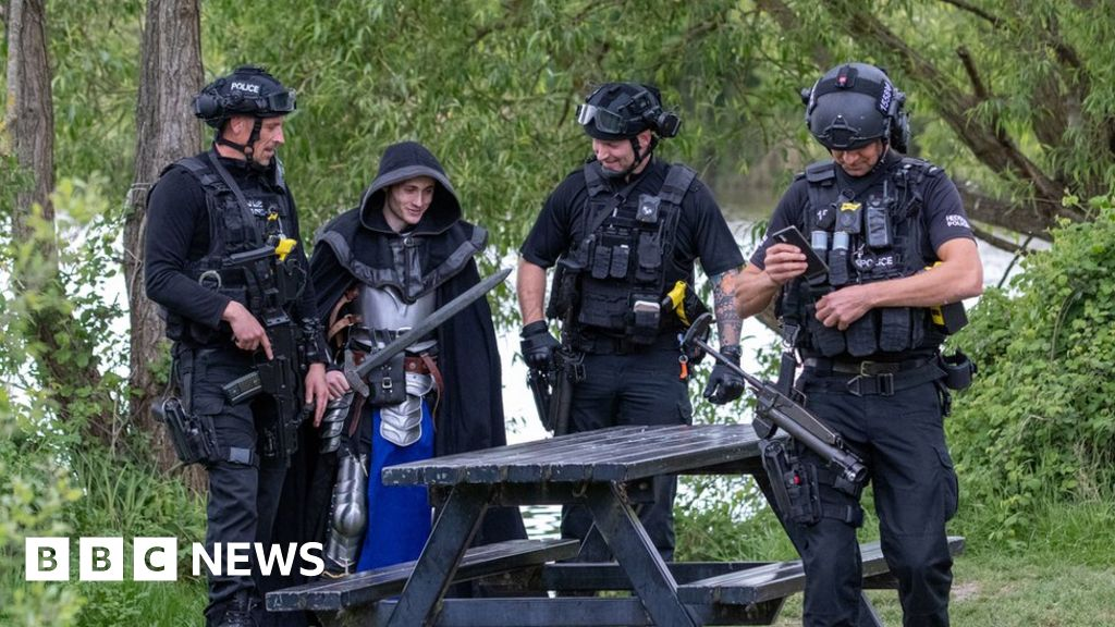 Coronavirus: Armed police called to 'knight' with sword thumbnail