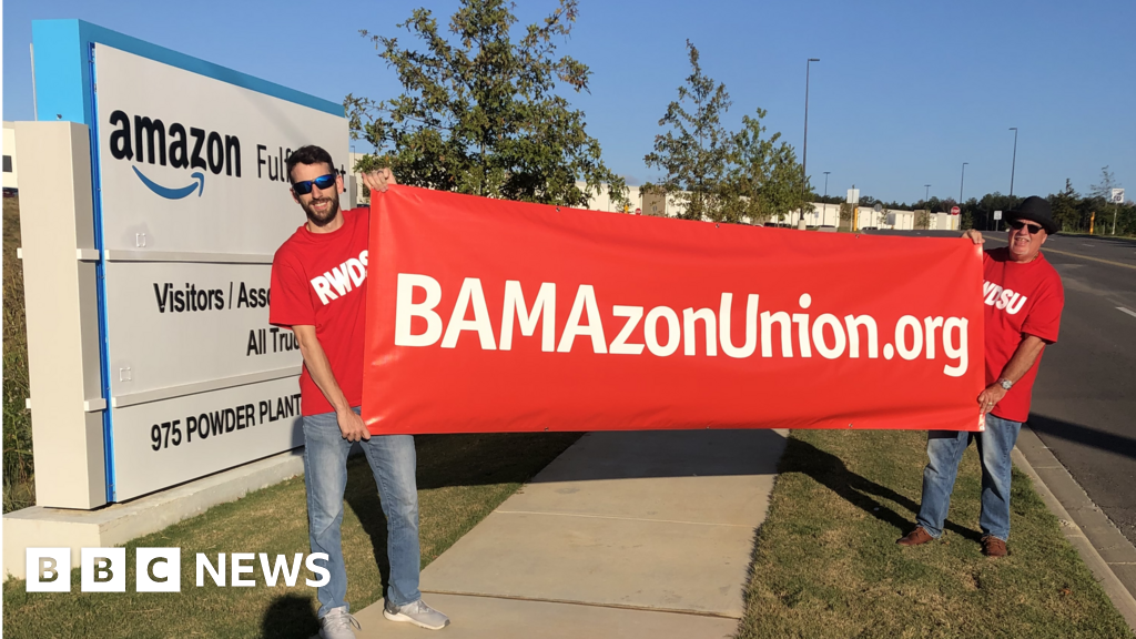 Amazon worker fight: 'You're a cog in the machine' - BBC News