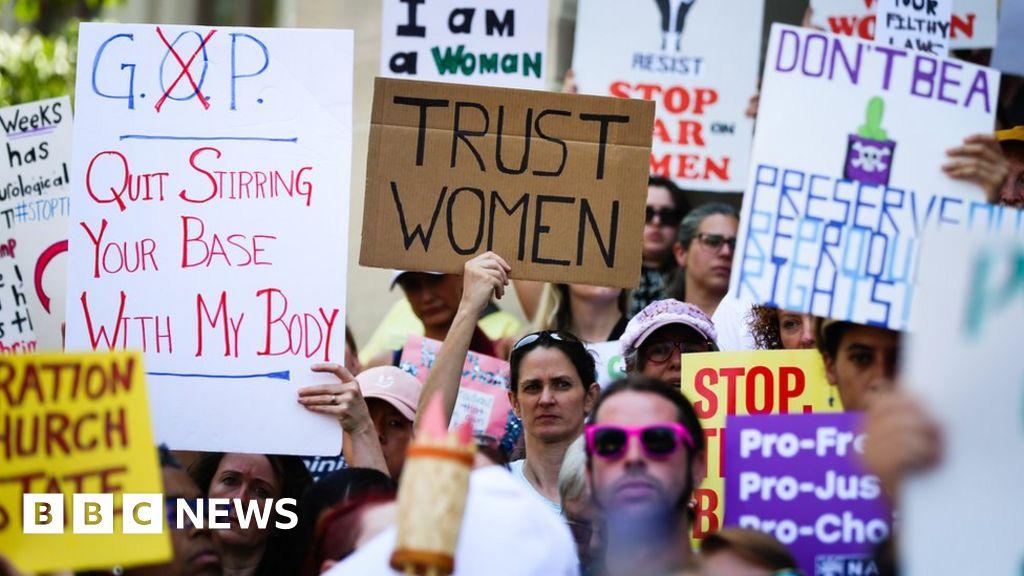 Georgia abortion ban: Federal judge temporarily blocks bill