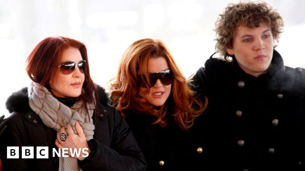 Lisa Marie Presley S Son Benjamin Keough Dies At 27 Bbc News