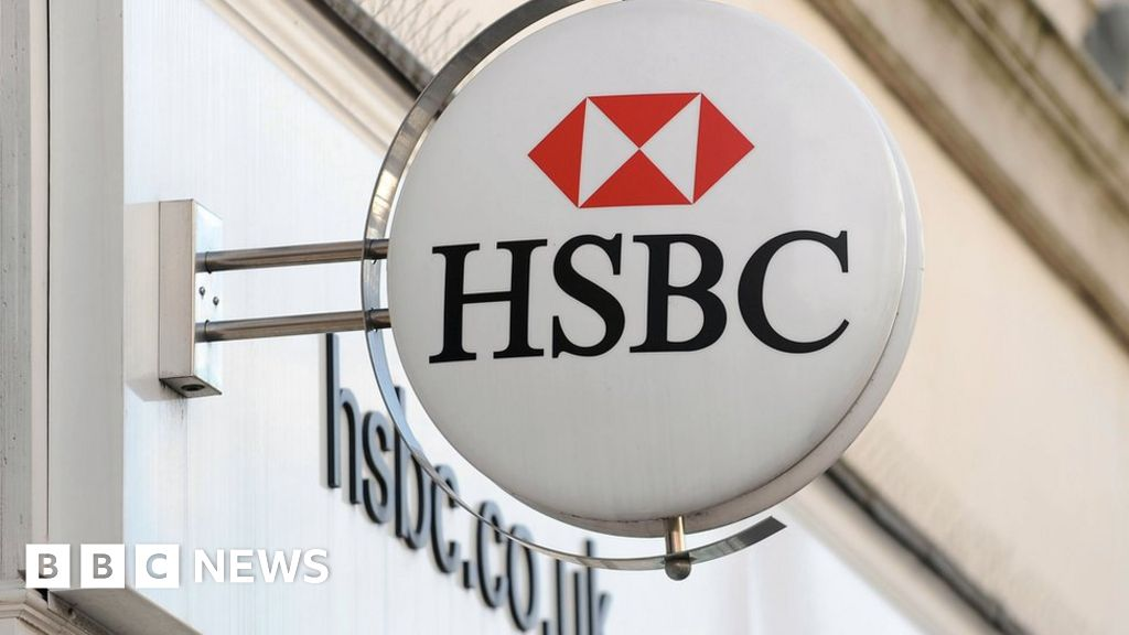 HSBC to cut Stirling technology centre jobs - BBC News