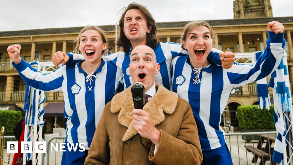 Playwright revives 1920s football team for dramatic new fixture