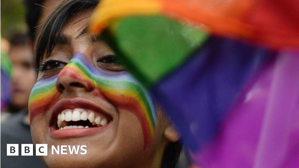 Indian gay sex ruling - BBC News