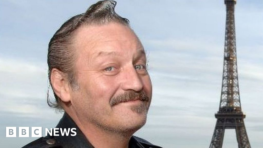 BJ Hogg: Tributes paid after actor dies, aged 65 thumbnail