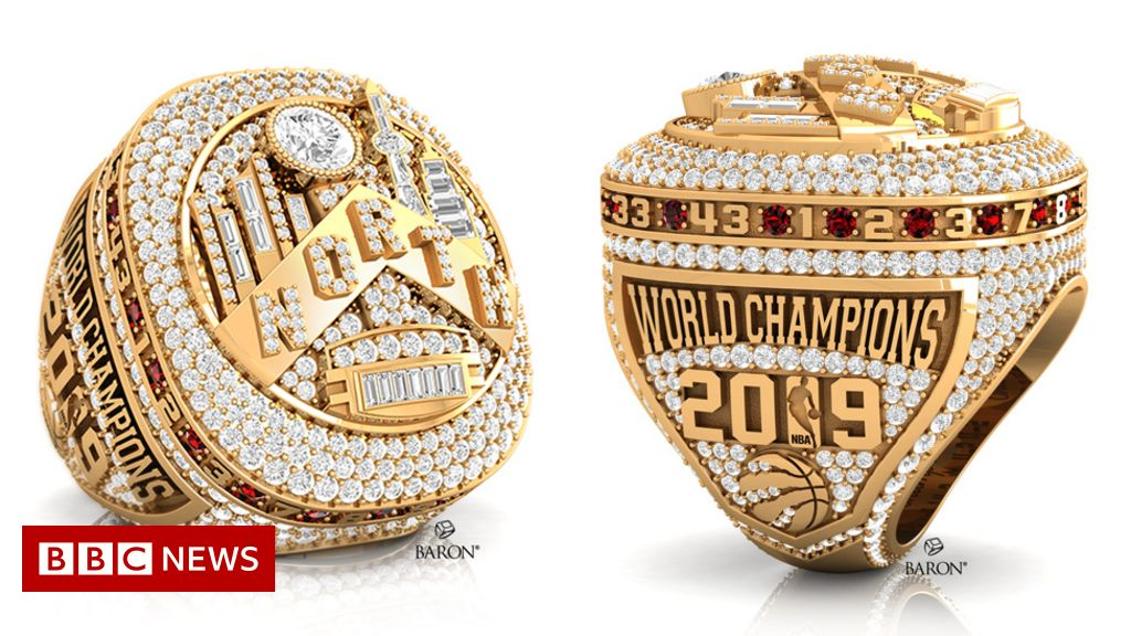 The basketball champions  rings with 640 diamonds