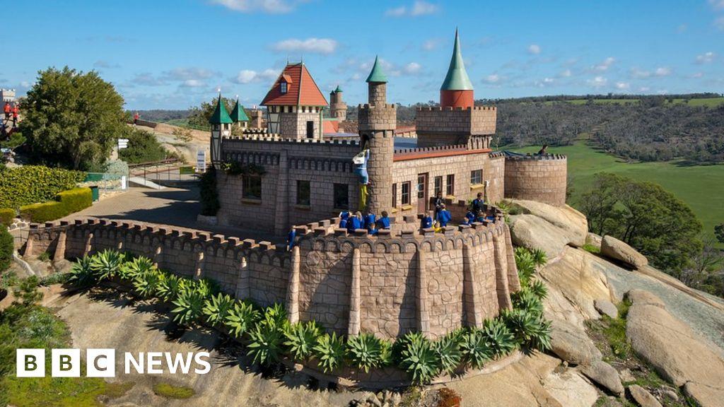 The Immigrants Who Built Australia S Fairytale Castles