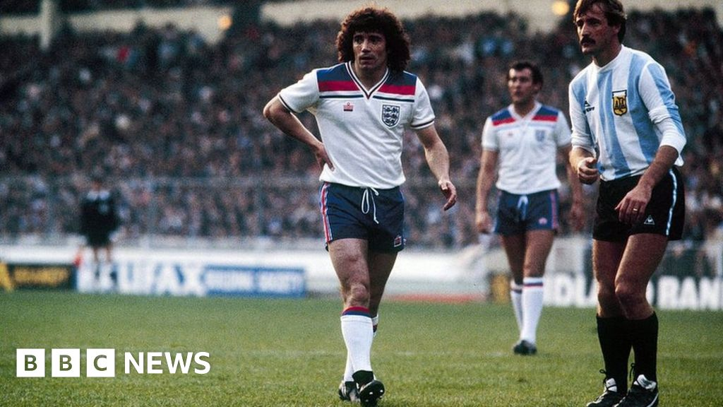 Why Admiral S Flashy England Strip Now Commands Respect Bbc News