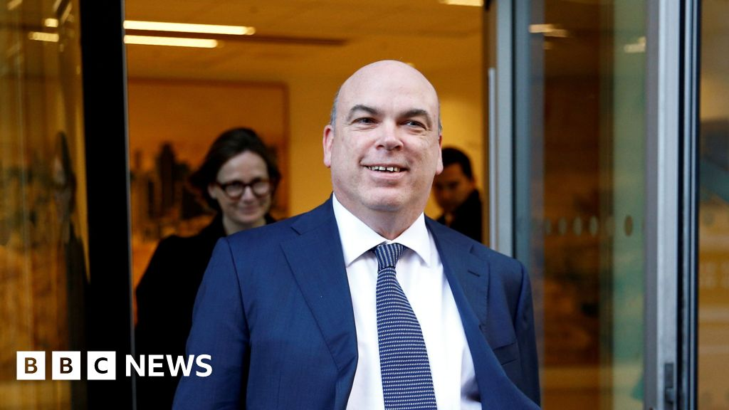 The founder of UK software firm Autonomy can be extradited to the US to face charges of conspiracy and fraud, a London court has said. Dr Lynch has be