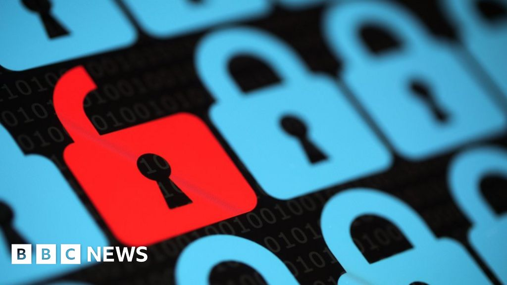 Is privacy dead in an online world? - BBC News