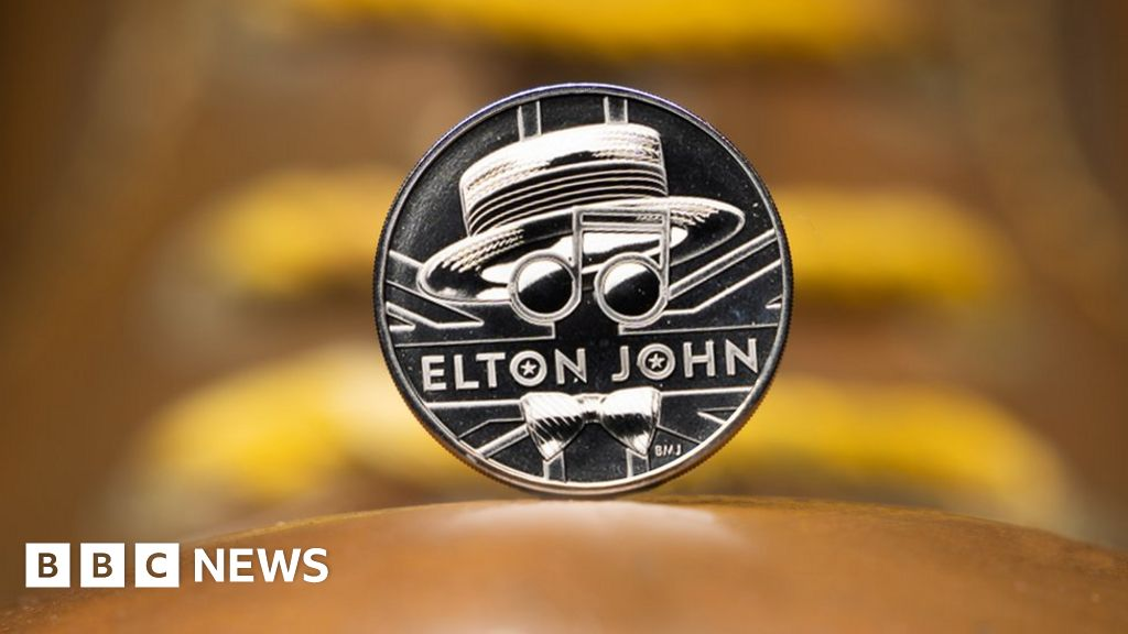 Sir Elton John honoured by Royal Mint on £1,000 gold coin thumbnail