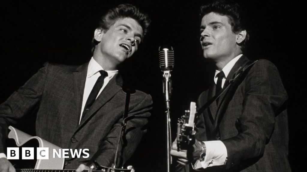 Everly Brothers: US rock n roll star Don Everly dies aged 84