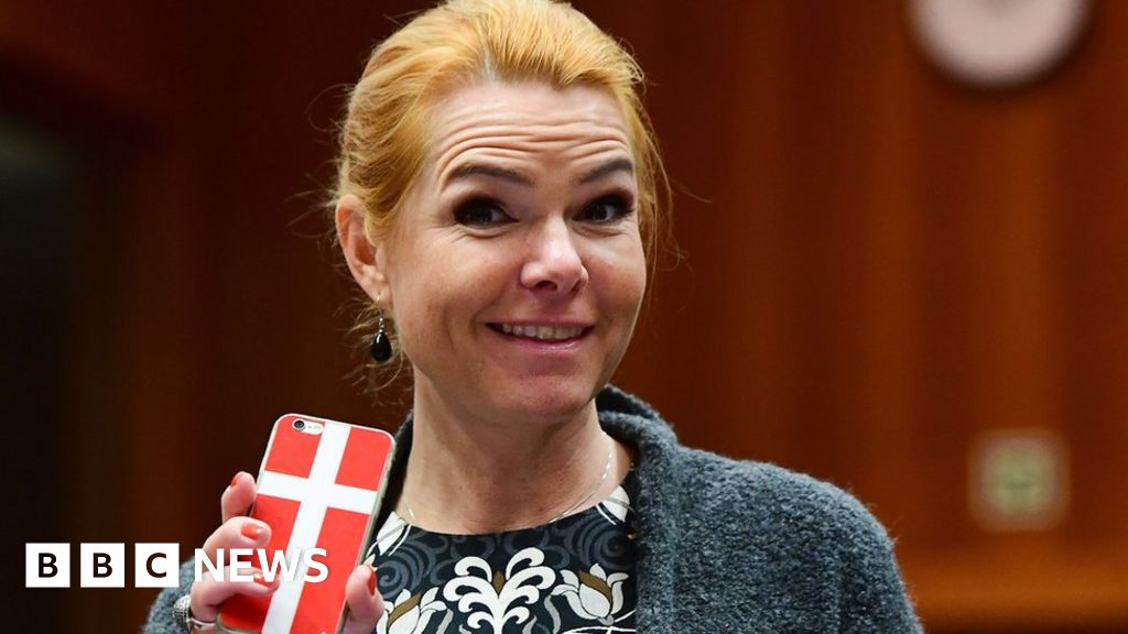 Danish minister prompts Ramadan row