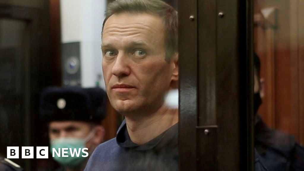 Navalny's supporters fear Russia's Putin wants him dead