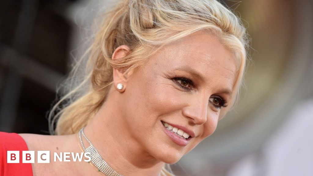Britney Spears asks court to remove dad's control over personal life