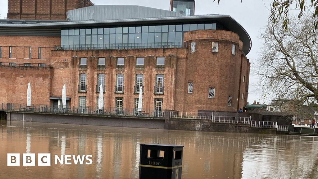 'Alarm' over winter flood prospects in England