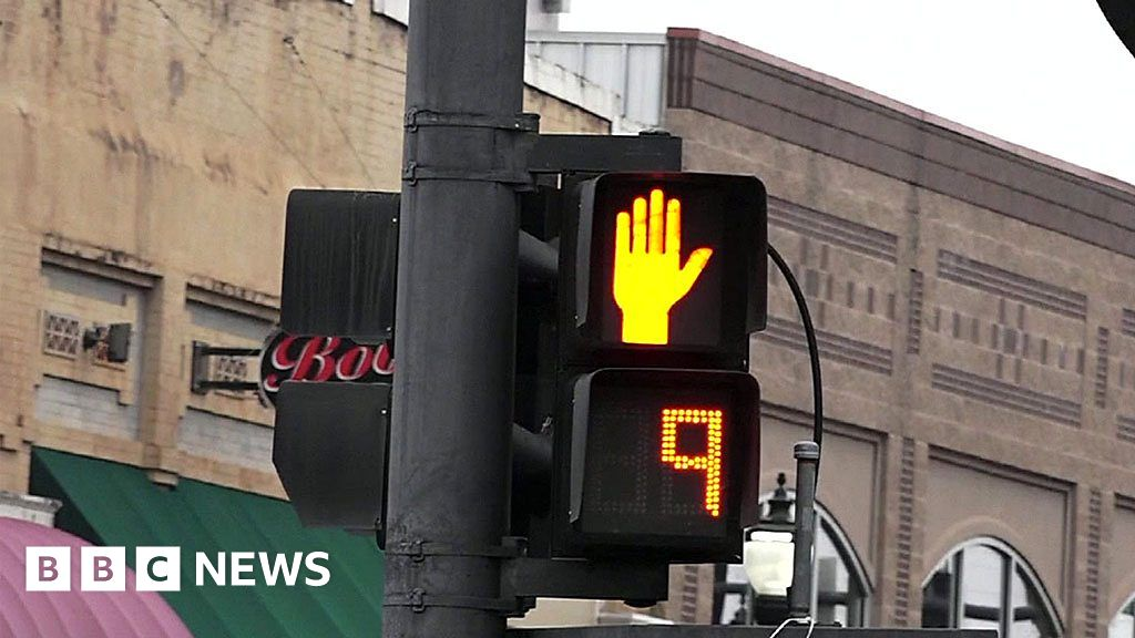 Texting While Crossing Road May Be Banned, and Other News