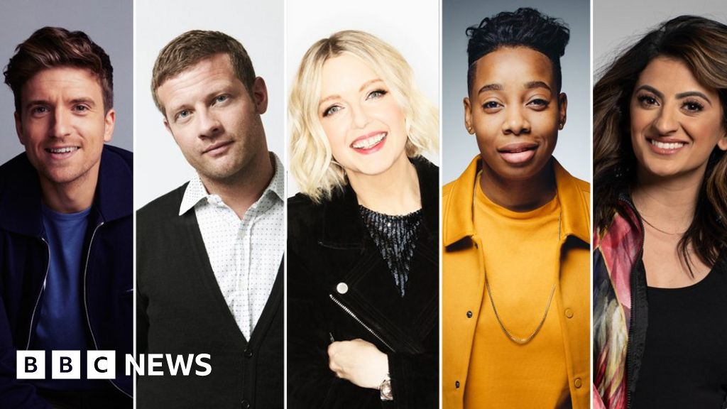 BBC-radio stars lead the nation in a mass sing-along
