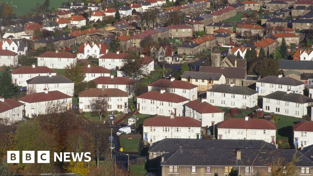 Cheaper rents 'keeps poverty rate lower'