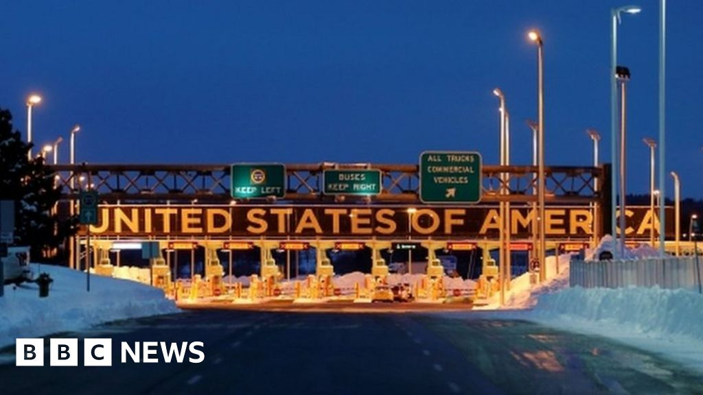 US-Canada border to close amid virus crisis - BBC News
