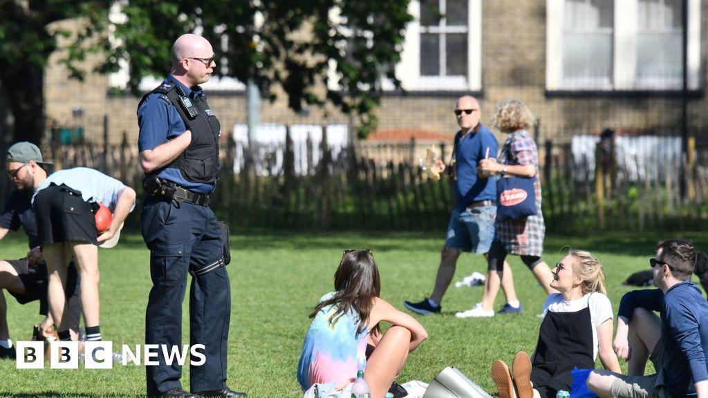 Coronavirus: Social gatherings above six banned in England from 14 September thumbnail