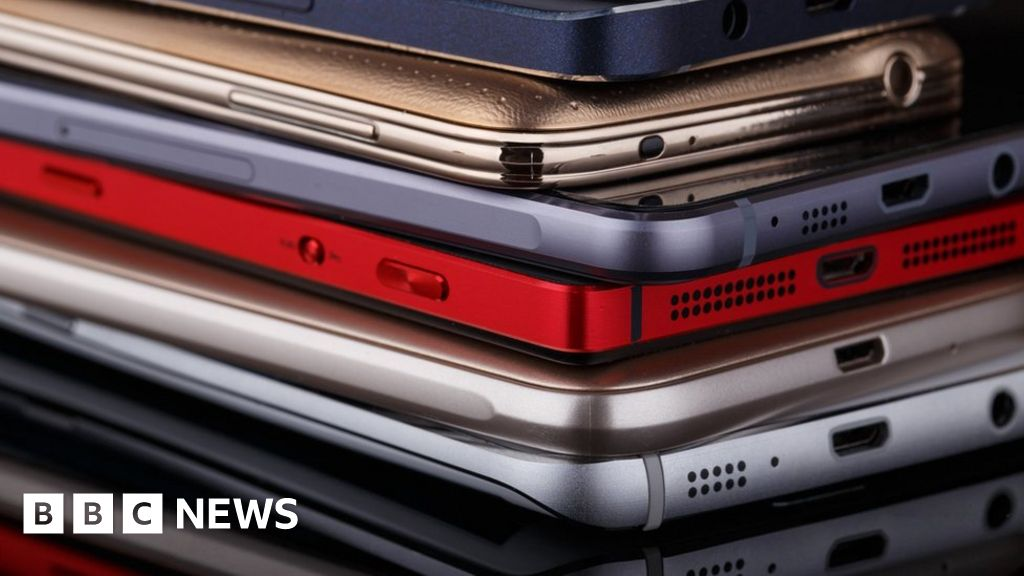 More than 2,000 government mobiles lost or stolen