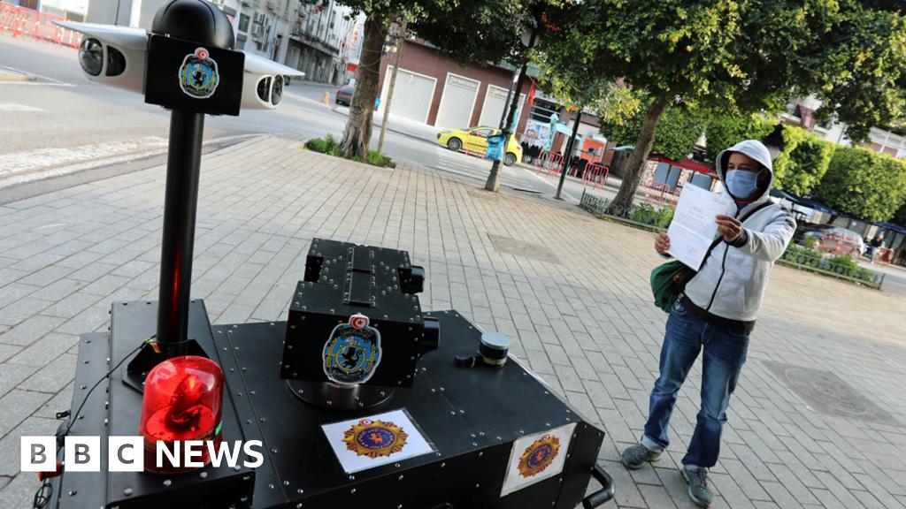 Coronavirus: Tunisia deploys police robot on lockdown patrol