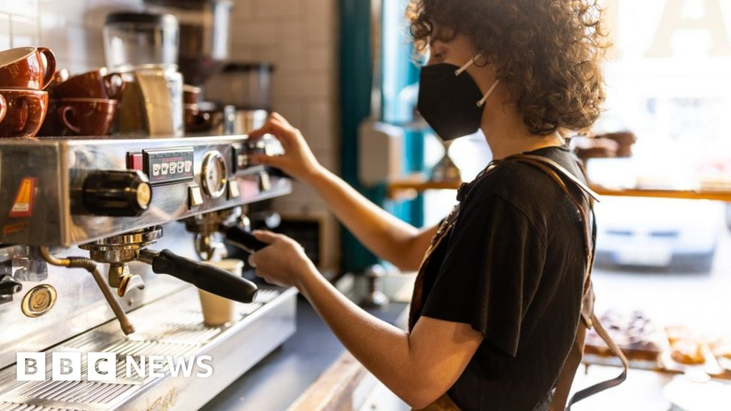 National Living Wage set to rise to £9.50 an hour thumbnail