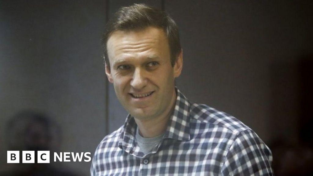 Putin critic Navalny on hunger strike over Russian prison treatment