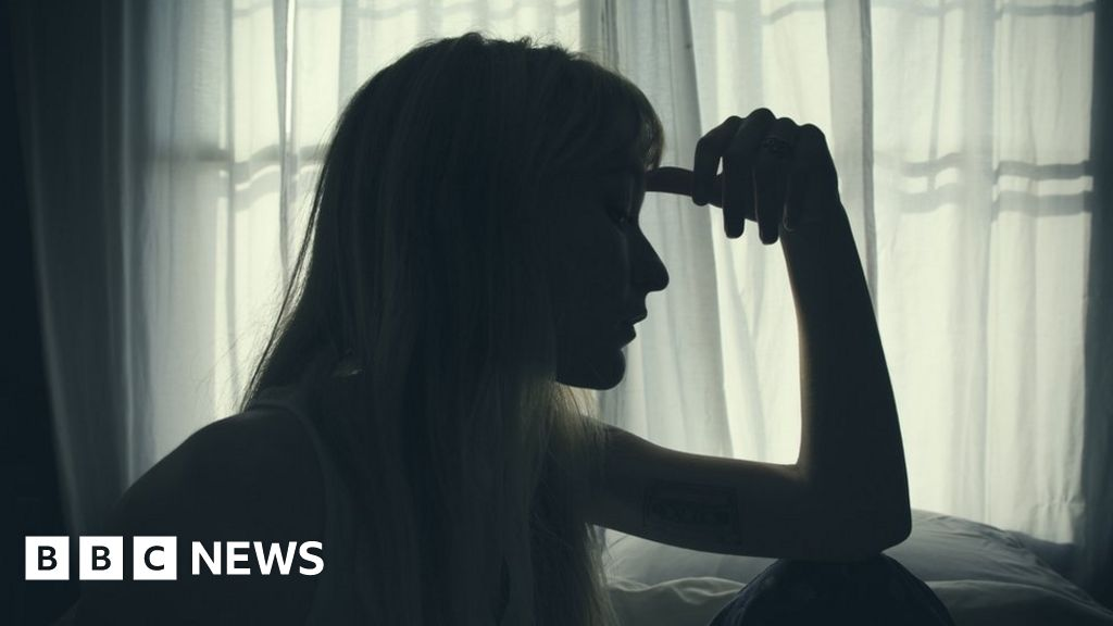 Coronavirus: Domestic abuse services to get £2m amid lockdown