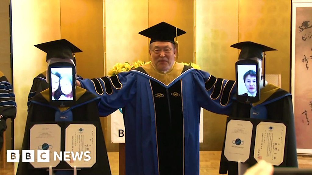 Robots stand-in for graduating students and other news - BBC News