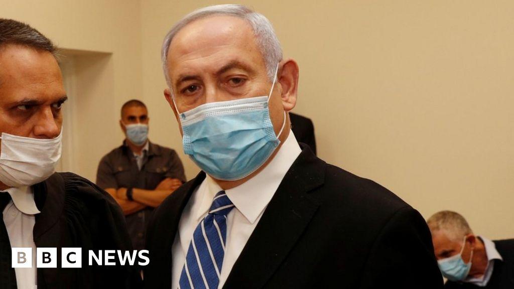 Netanyahu trial: Israeli prime minister faces Jerusalem court - BBC News