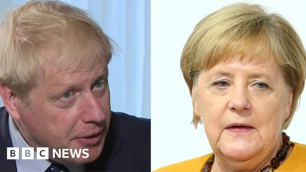 Brexit: Deal 'essentially impossible' after PM-Merkel call