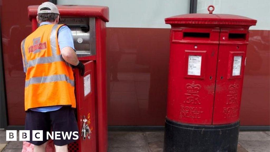 Royal Mail wins bid to halt Christmas postal strikes