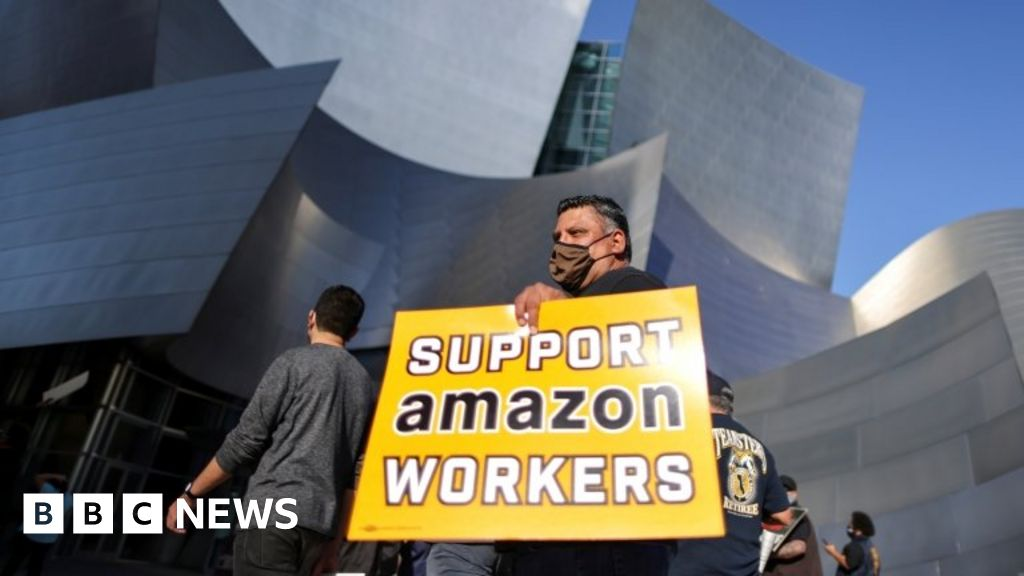Amazon has early leadership in historic union elections