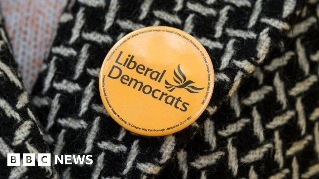 "Liberal Democrats 1/"" Pin Button Badge General Election Lib Dems Political Party"