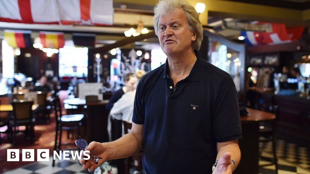 Wetherspoon boss attacks 'up the spout' City rules thumbnail