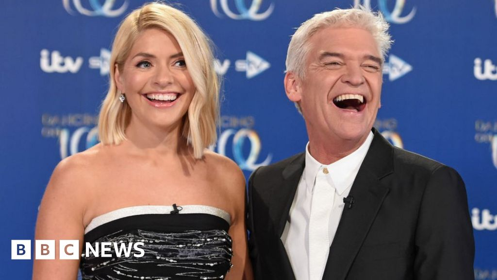 This Morning s Phil and Holly deny claims of a rift