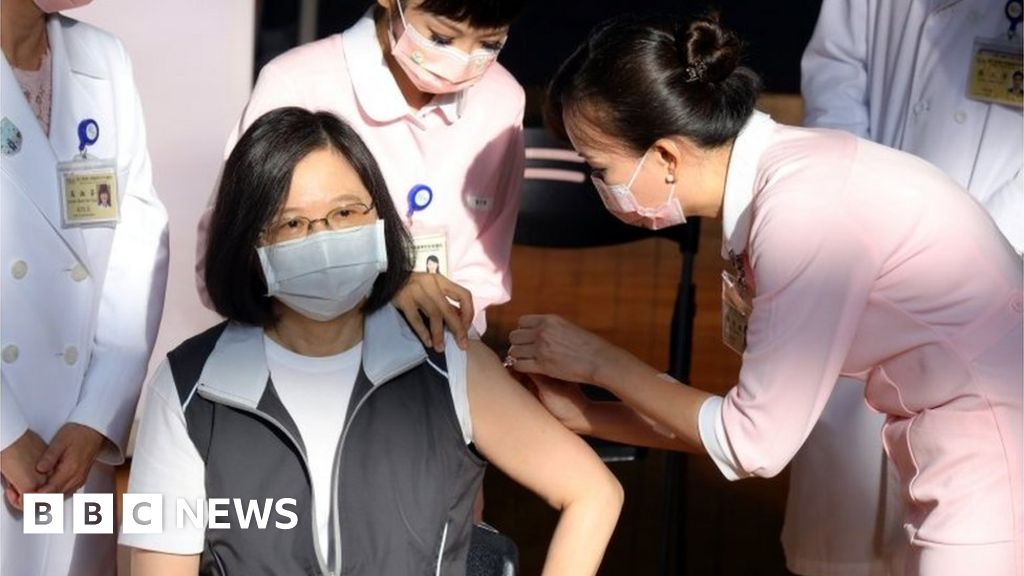 Covid: Taiwan rolls out homegrown vaccine amid criticism thumbnail