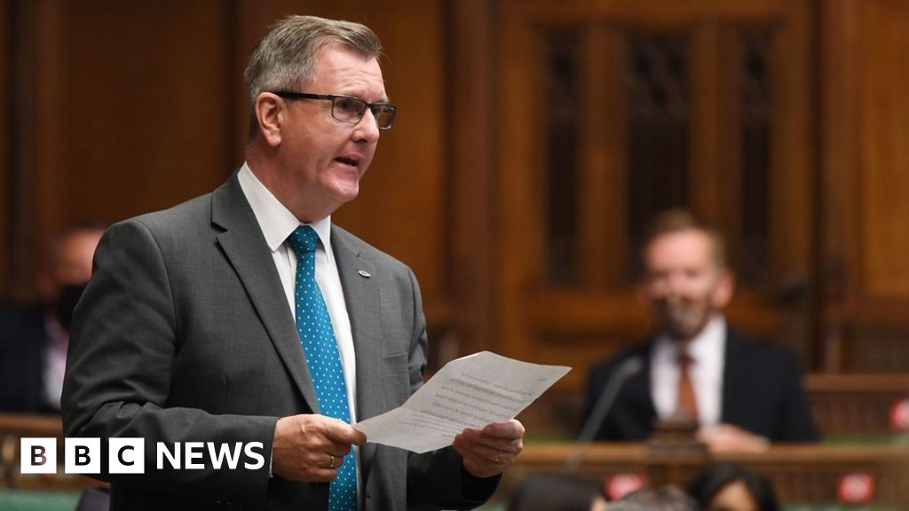 DUP leadership: Donaldson favourite as nominations open