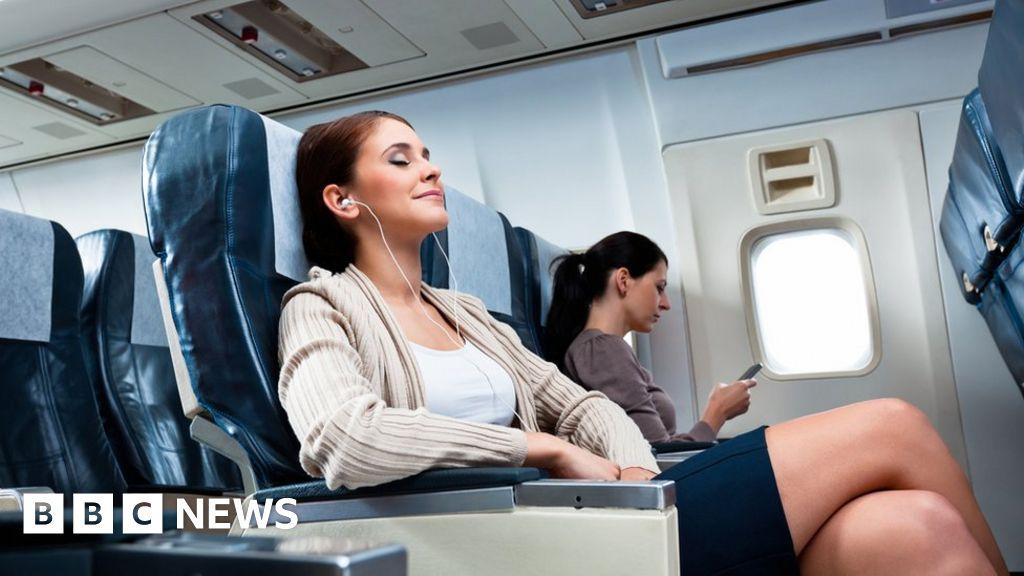 Coronavirus: EasyJet middle seats left on the plane empty