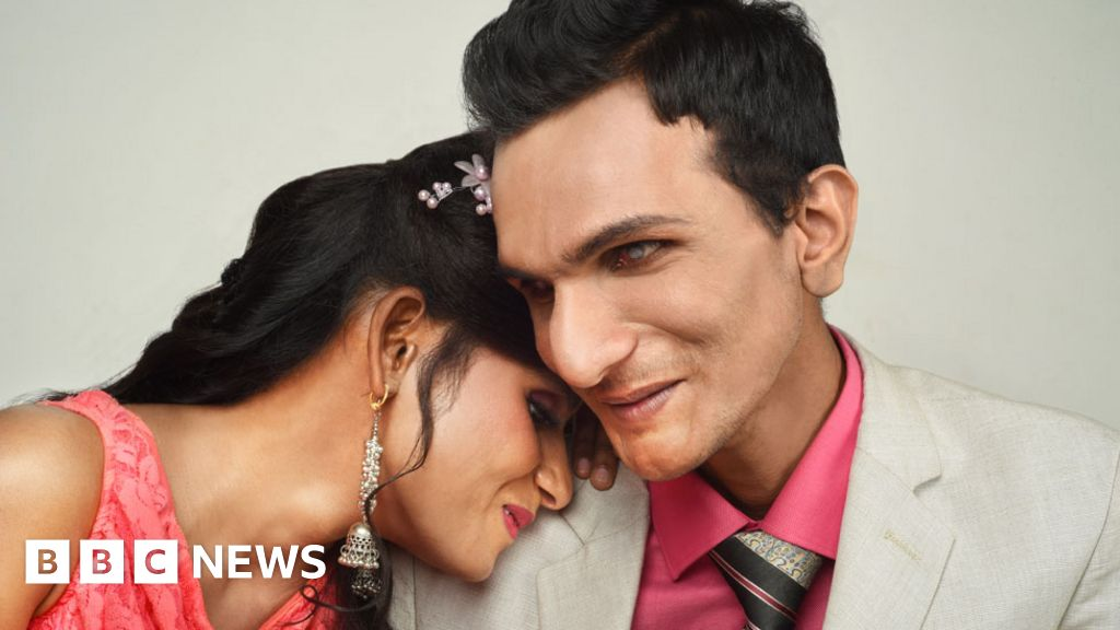 The Indian couple who swear by blind love