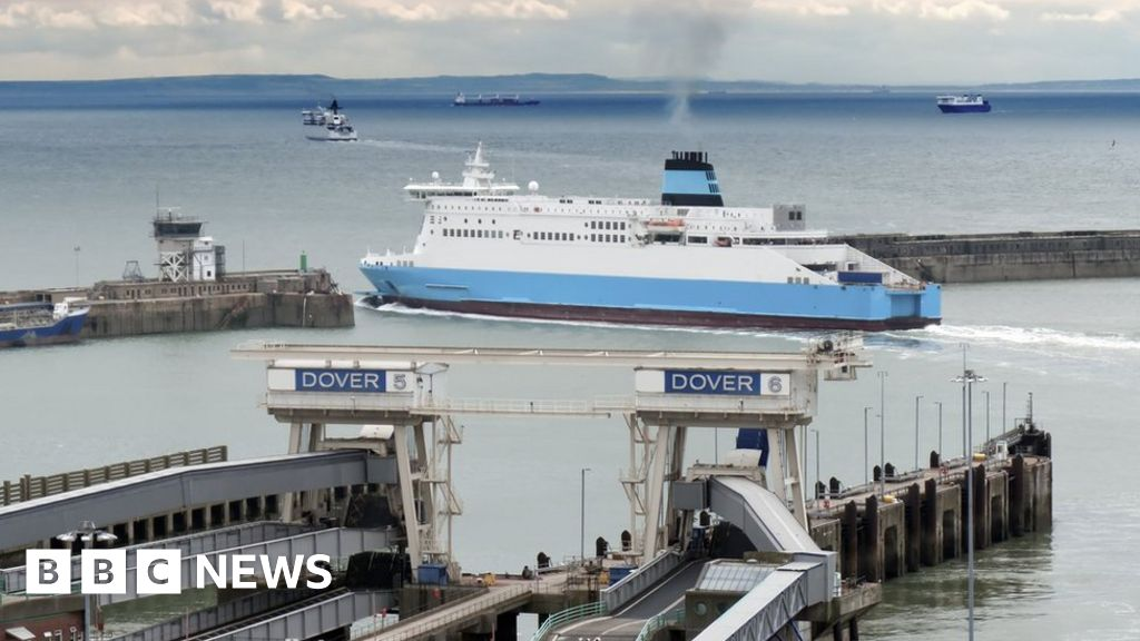 Ship hack 'risks chaos in English Channel'