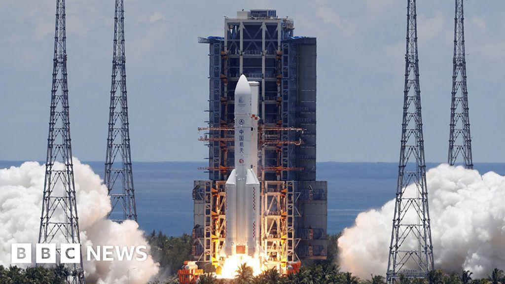 China's Tianwen-1 Mars rover rockets away from Earth