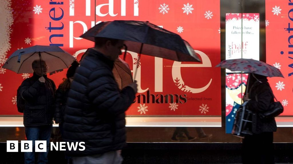 Boxing Day sales: Footfall slumps as bad weather hits UK