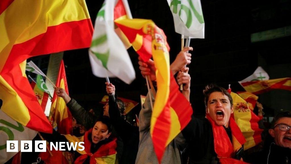 Spanish elections: Socialists win amid far-right surge