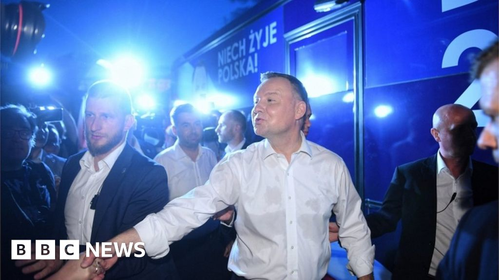 Poland presidential election heads for second round thumbnail