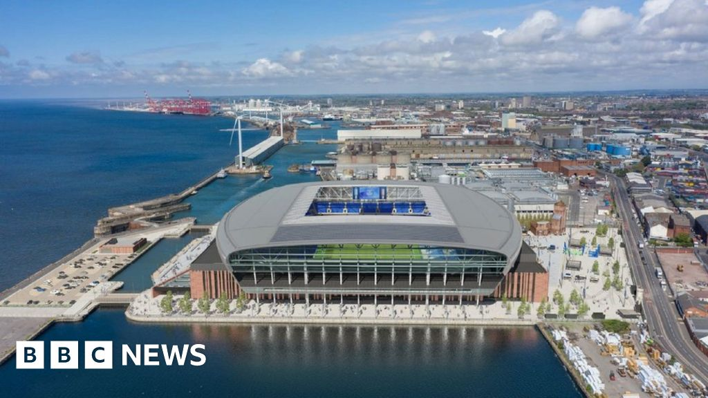 Everton's revised stadium plans face Historic England ...